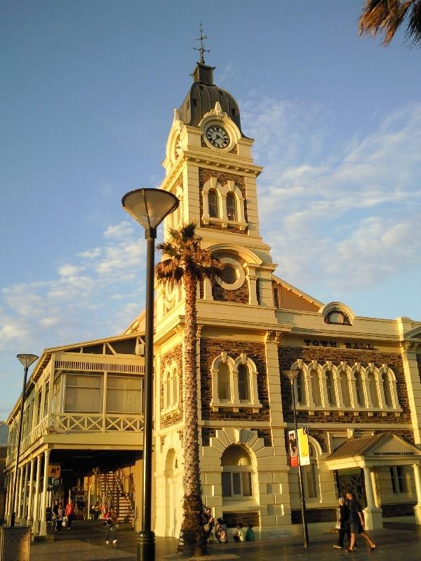 Glenelg Esplanade, Australia