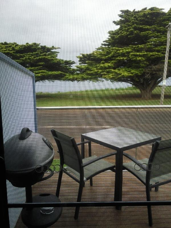 Balcony with BBQ, Bridgewater Bay Australia