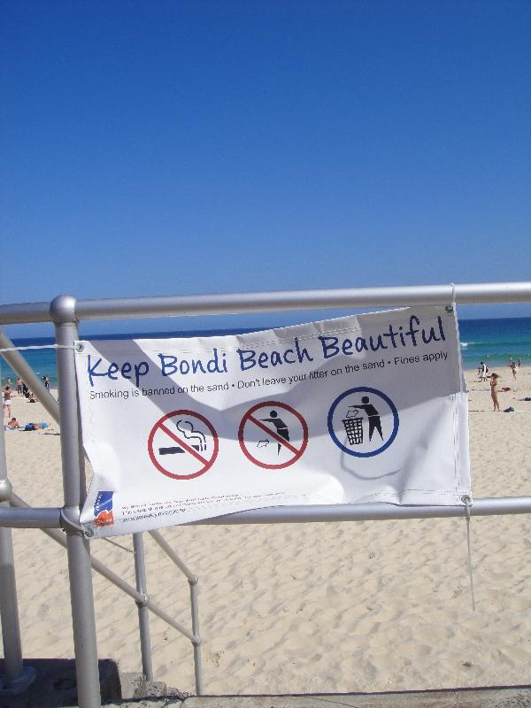 Swimming alert in Bondi beach, Australia