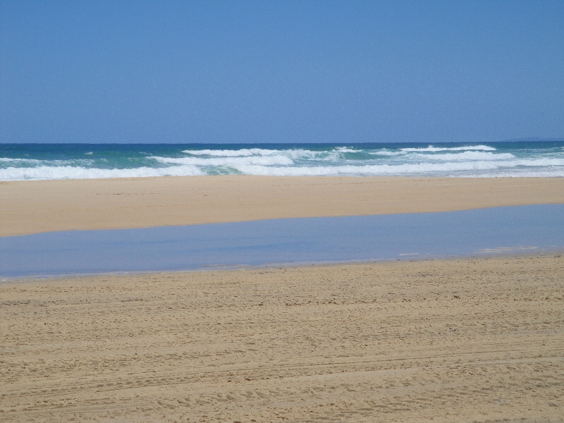 The beach on Fraser´s east coast, Hervey Bay Australia