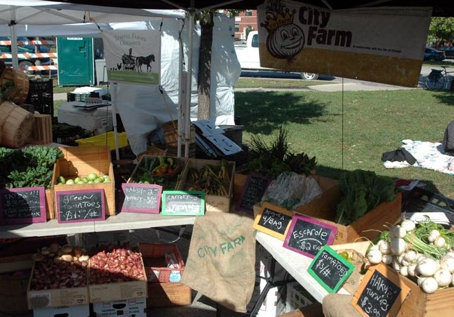 Pictures of the Chicago Farmers Market, United States