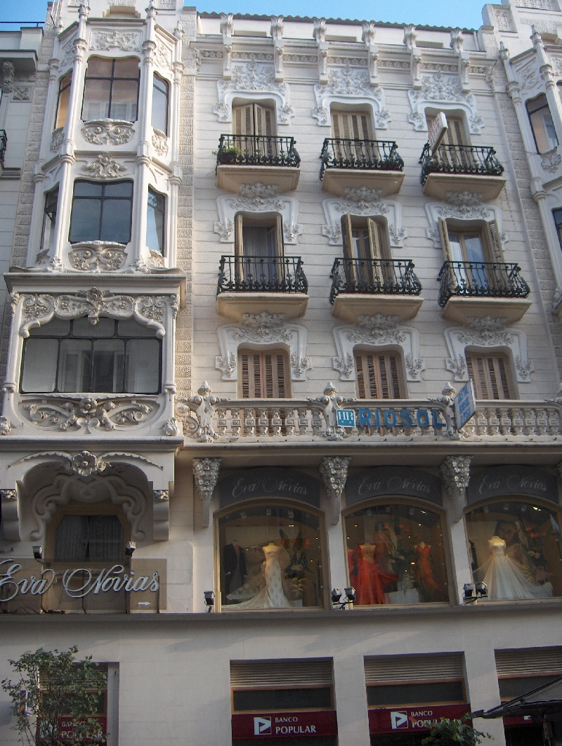 Round trip Spain: Madrid Holiday Adventure