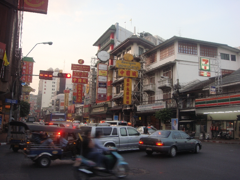 Pictures of Yaowarat Road in Bangkok, Thailand
