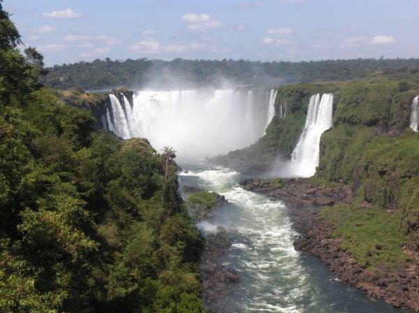 Amazing falls at Puerto Iguazu, Argentina
