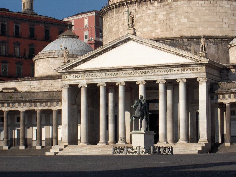 Naples Italy Pictures of Piazza del Plebiscito