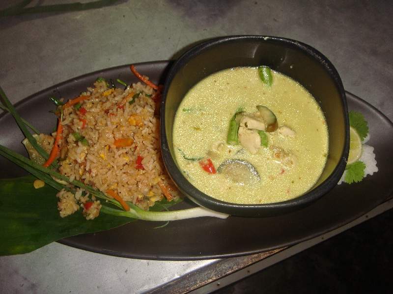 Pictures of my green curry, Ko Lanta Thailand
