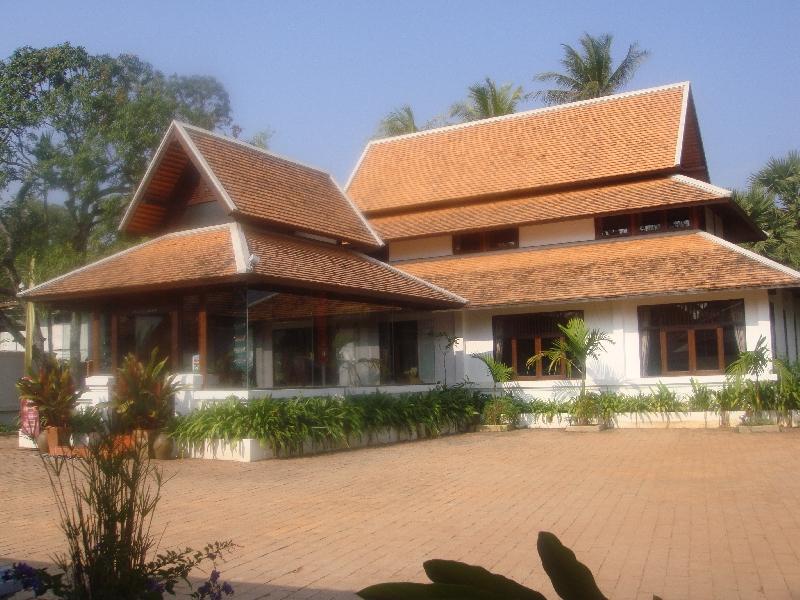 Hotel Pharndevi in Nakhon Pathom, Thailand