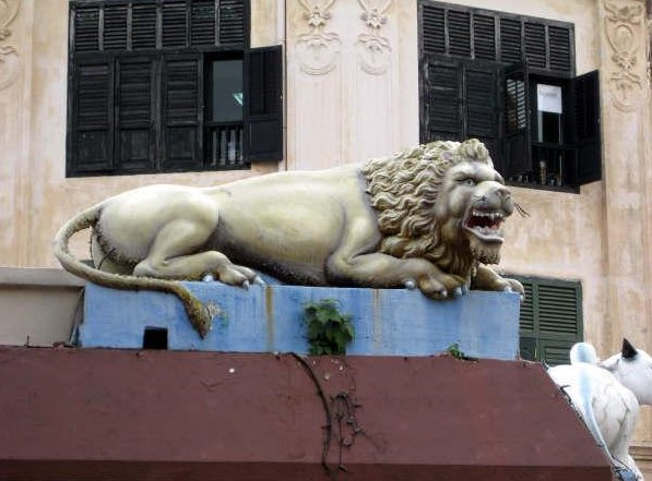 Lion statue in Little India, Singapore, Singapore