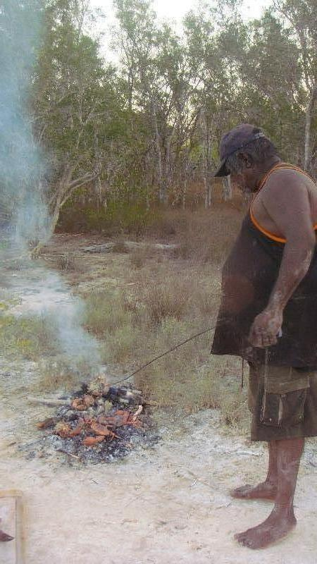 Our Aboriginal mud crabbing guide, Cape Leveque Australia