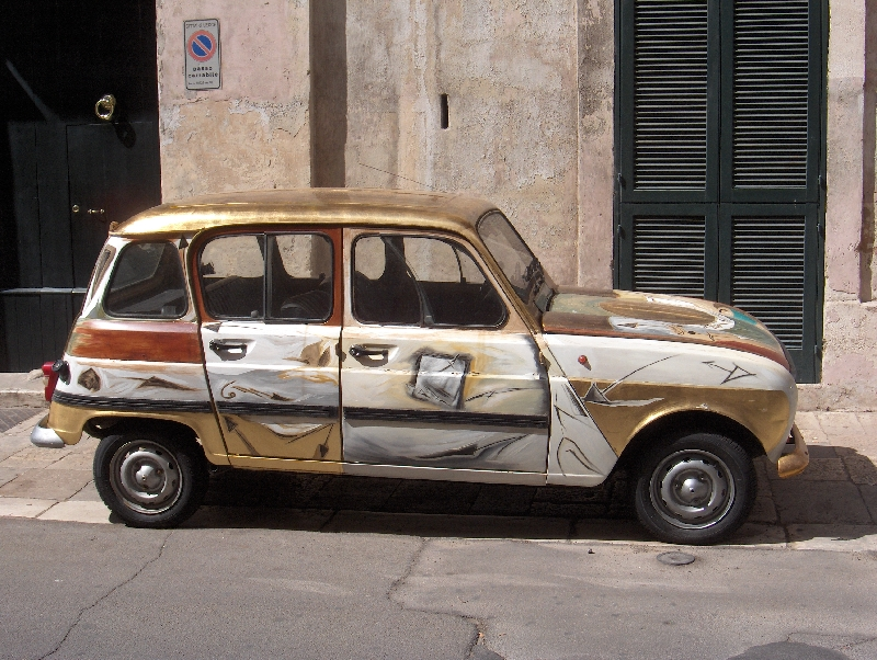 Street photos of Lecce, Apulia, Italy