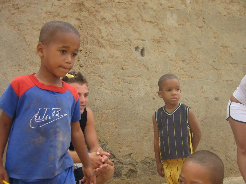 Children asking for sweets in Espargos, Espargos Cape Verde