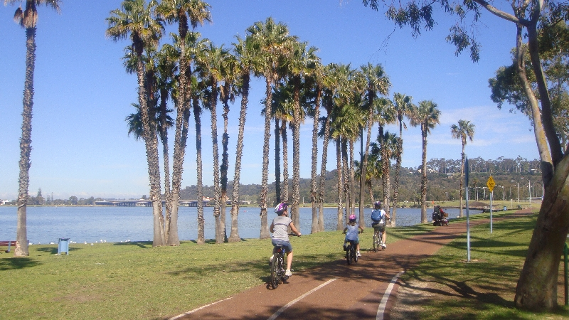 Cycling up to Kings Park in Perth, Australia