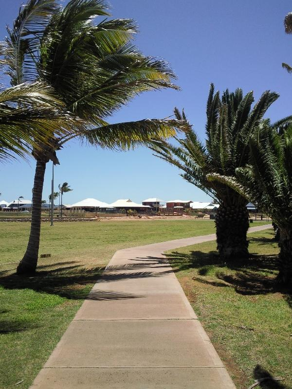 The esplanade in Carnarvon, Australia