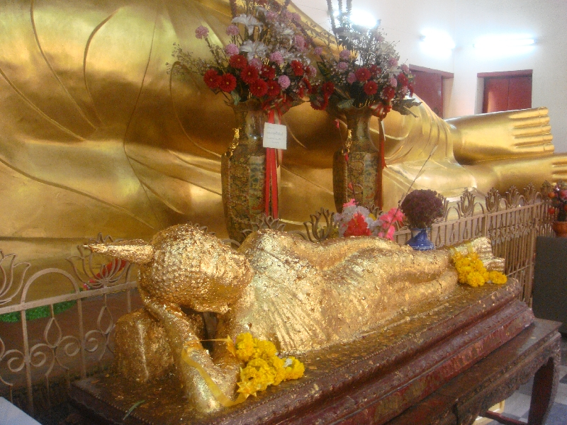 Golden Buddha in Nakhon Pathom, Thailand