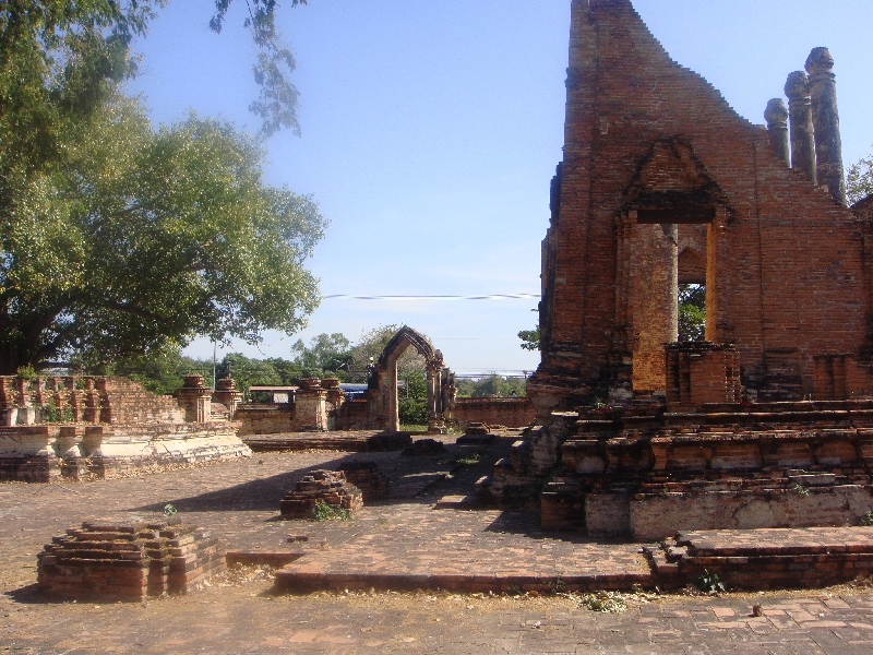 Pictures of Wat Gudidao in Ayutthaya, Thailand