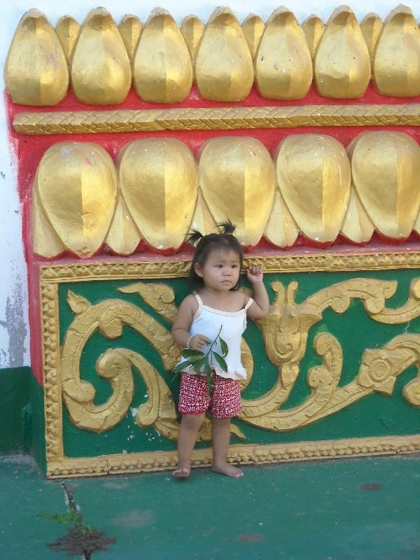 Lao girls at Wat Pha That Luang, Laos