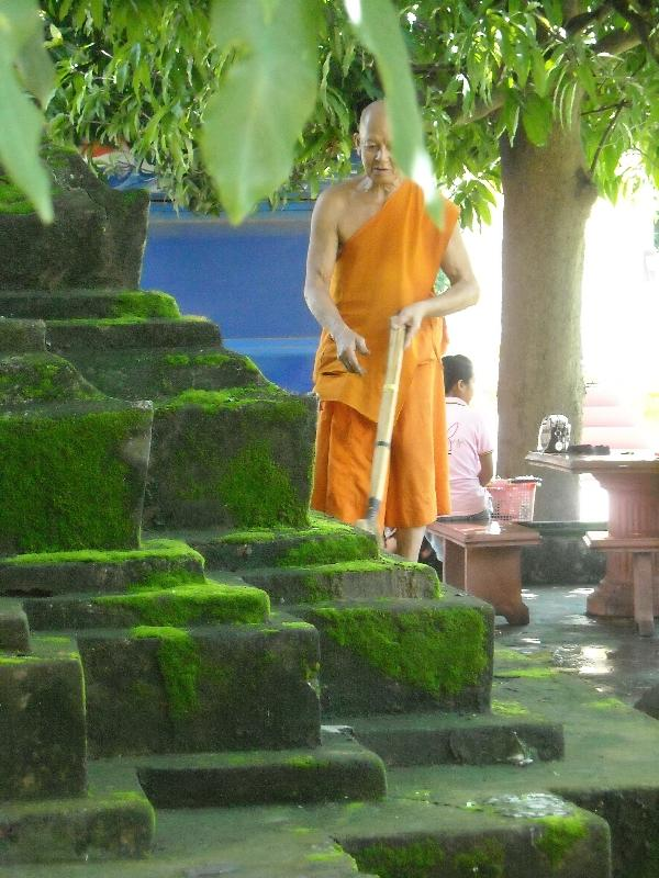 Buddhist monk at Wat Si Saket, Vientiane Laos