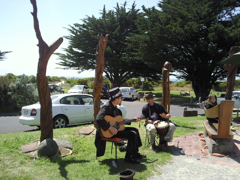 Musicians in Apollo Bay, Australia