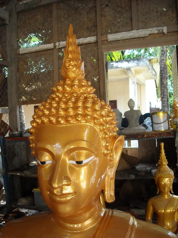 Golden Buddha statue, Laos