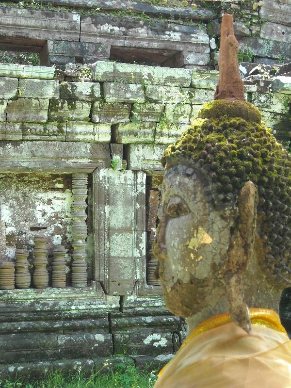 Preah Vihear Cambodia Statue in Preah Vihear Province