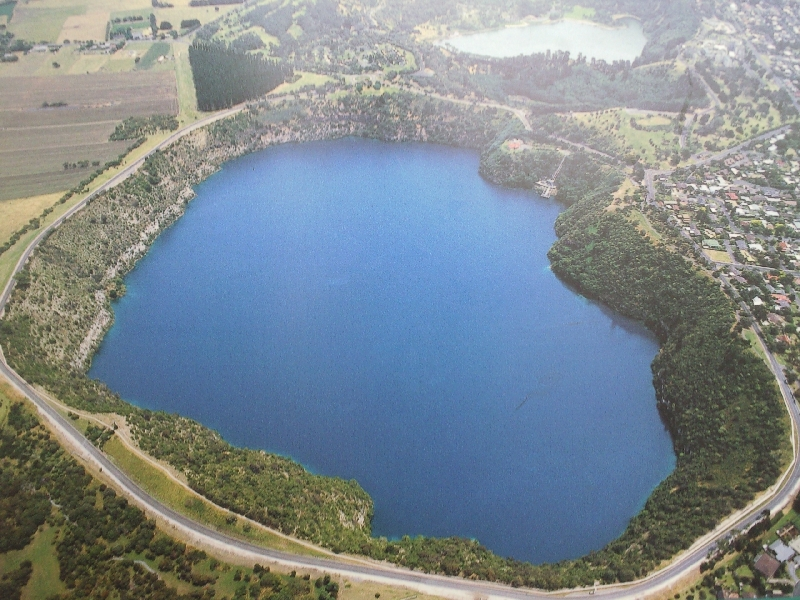 Mount Gambier Australia Amazing Blue Lake picture