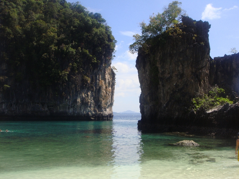 The Limestone rocks of Ko Hong, Ko Hong Thailand