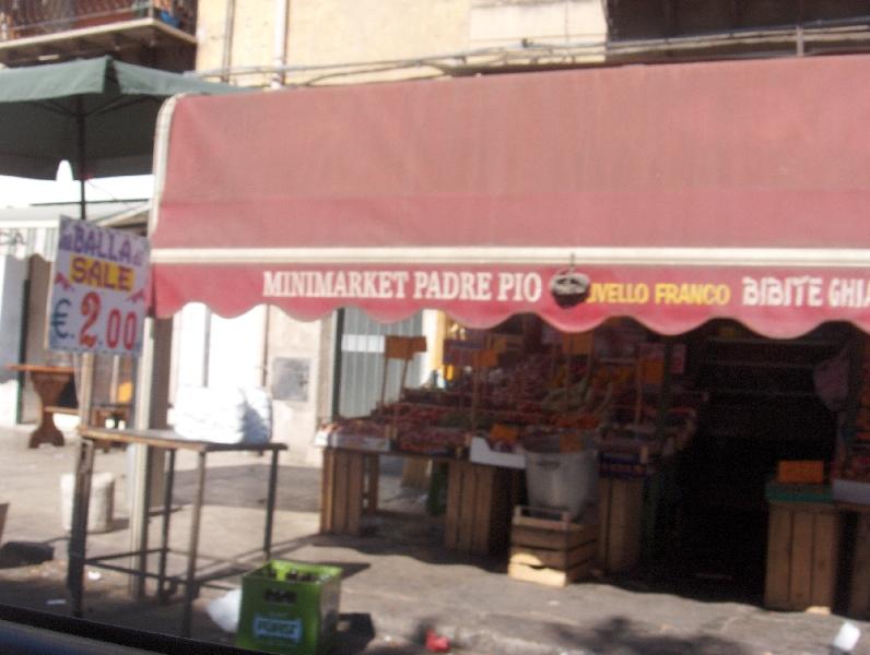 Minimarket Padre Pio in Palermo, Palermo Italy
