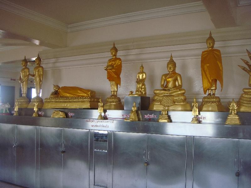 Golden Buddhist statues, Thailand