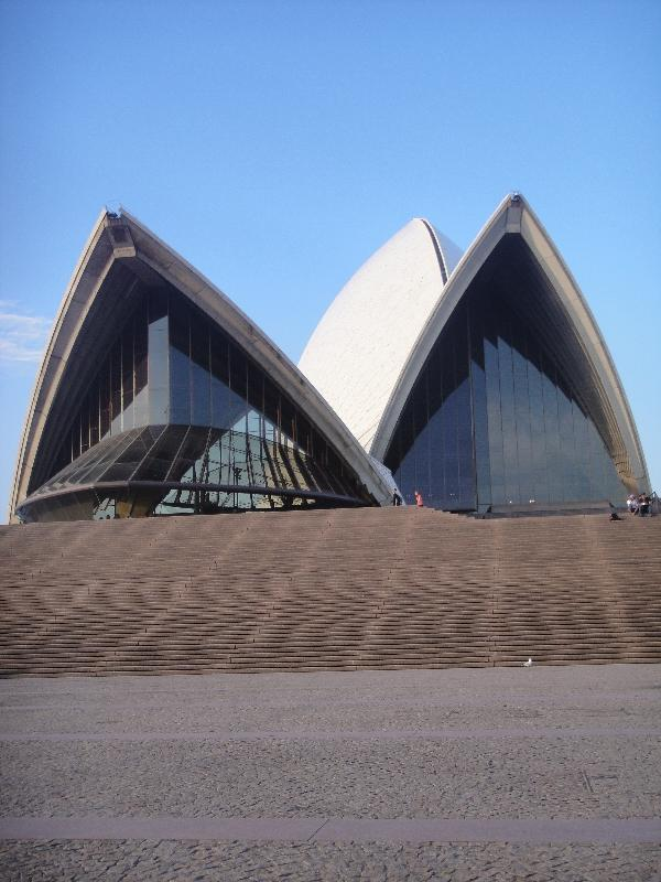 Front picture Syndey Opera House, Australia