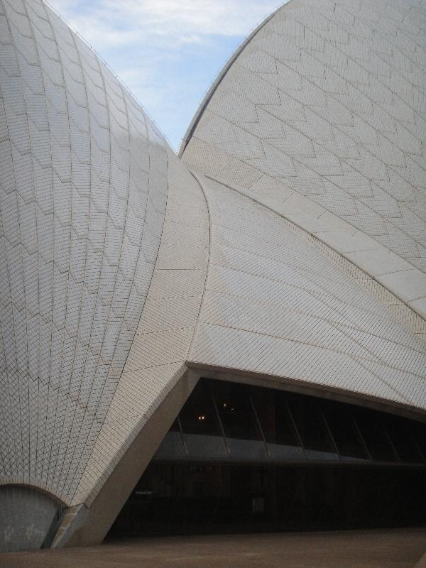 Structure of the Sydney Opera House tiles, Australia