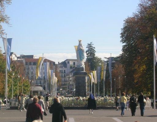 Esplanade and Lourdes Crowned statue, Lourdes France