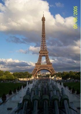 Paris France Picture of the Eiffel Tower