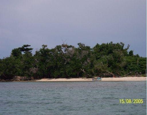 Bubi Kay in Jamaica, Jamaica