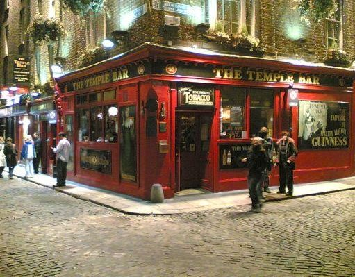 The Irish pubs of Dublin., Ireland