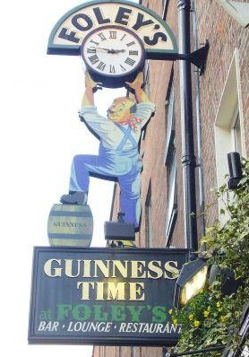 Photos of the Temple Bar quarter in Dublin., Ireland
