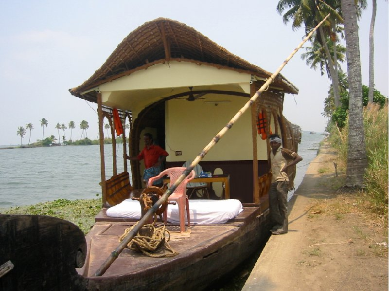 Kerala India Renting a Houseboat in Kerala, India.