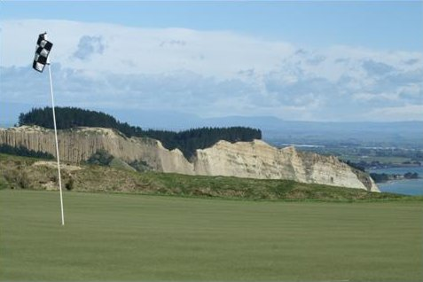 10 th hole at Cape Kidnappers golf course, New Zealand
