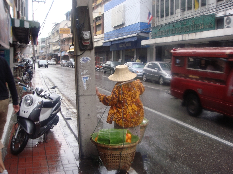 Thai woman selling oranges in Chiang Mai, Thailand