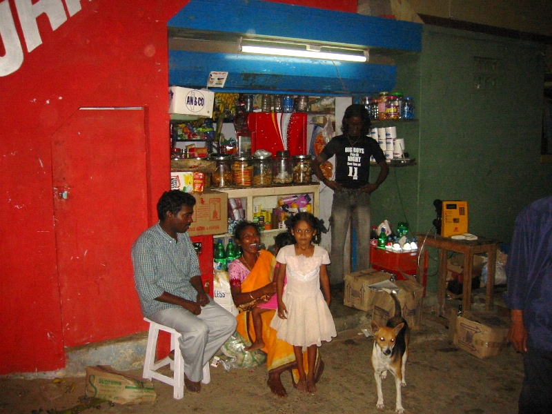 Typical Indian family in Mamallapuram, Tamil Nadu, India