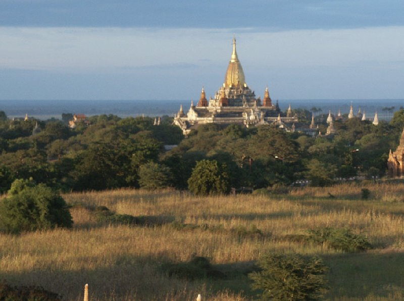Balloon flight over The Pagoda's of Bagan, Myanmar, Bagan Myanmar