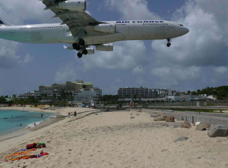 Airplane landing in Sint Maarten, Maho Beach, Philipsburg Netherlands Antilles