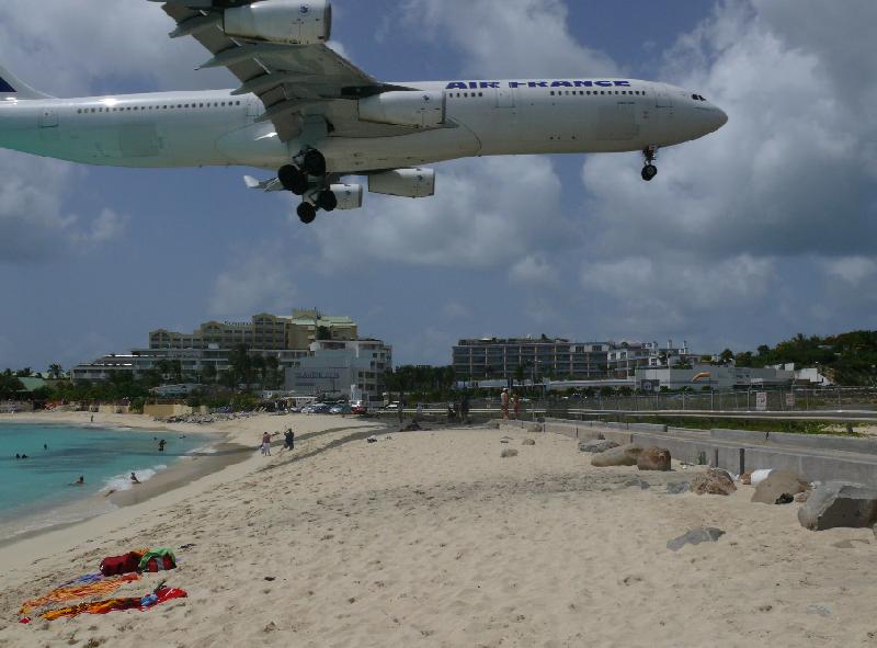 Philipsburg St. Maarten Pictures. Sint Maarten, Maho Beach