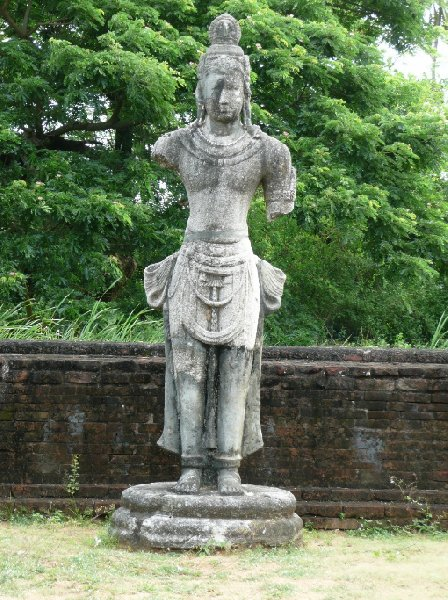 Photos of the Buddhist statues in  Tissamaharama, Sri Lanka, Sri Lanka