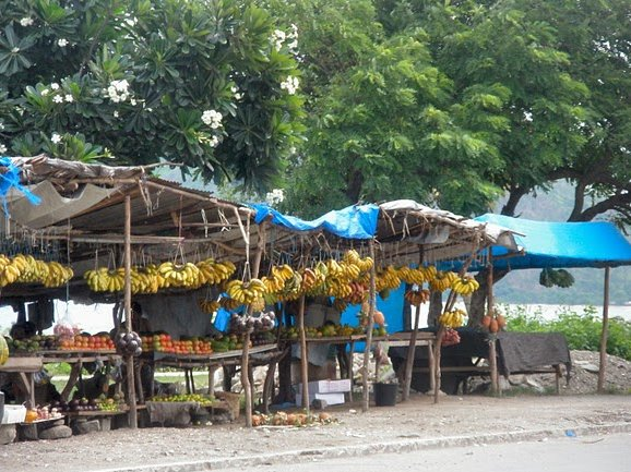 Pictures of the street market in Dili, Timor, East Timor