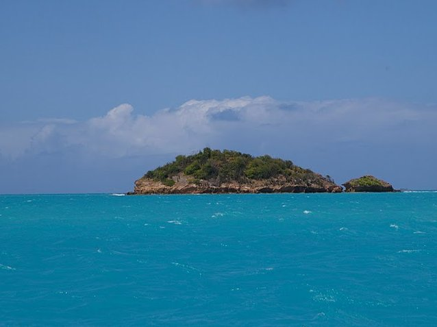 Pictures of Antigua and Barbuda beaches Album
