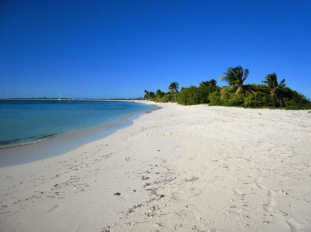 Pictures of Antigua and Barbuda beaches Travel Package