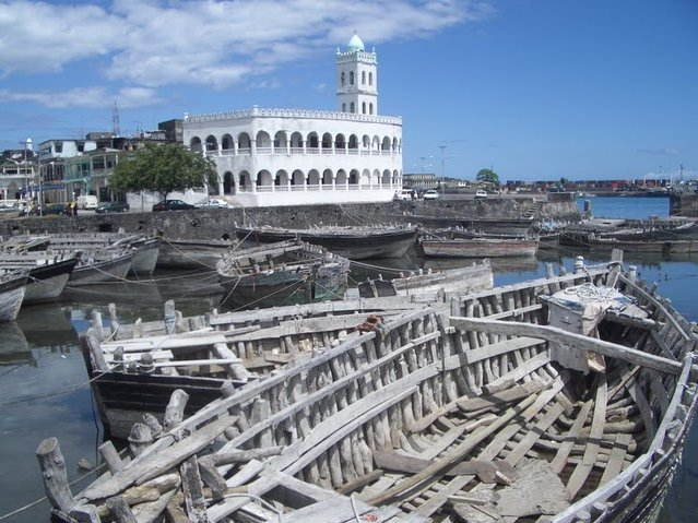 Le Moroni Hotel Comoros Album Sharing