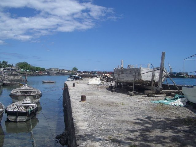 Le Moroni Hotel Comoros Diary Picture