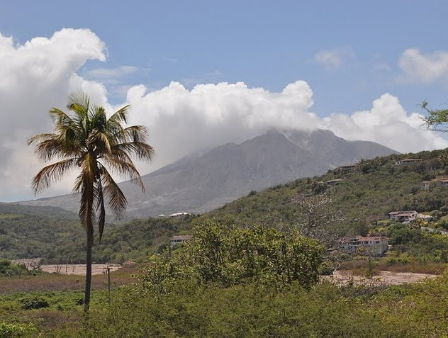 Photo The Montserrat volcano observatory amazing