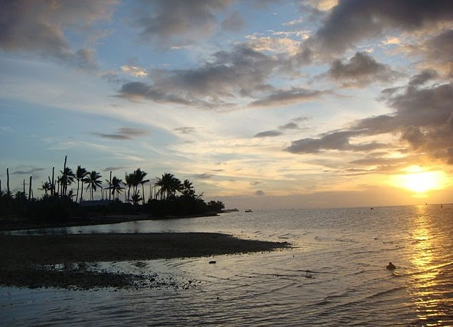 Kiribati Island pictures Bairiki Holiday Sharing